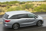 2018 Honda Odyssey Elite in Lunar Silver Metallic - Driving Rear Right Three-quarter Top View