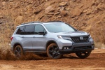 2019 Honda Passport Elite AWD in Lunar Silver Metallic - Driving Front Right Three-quarter View