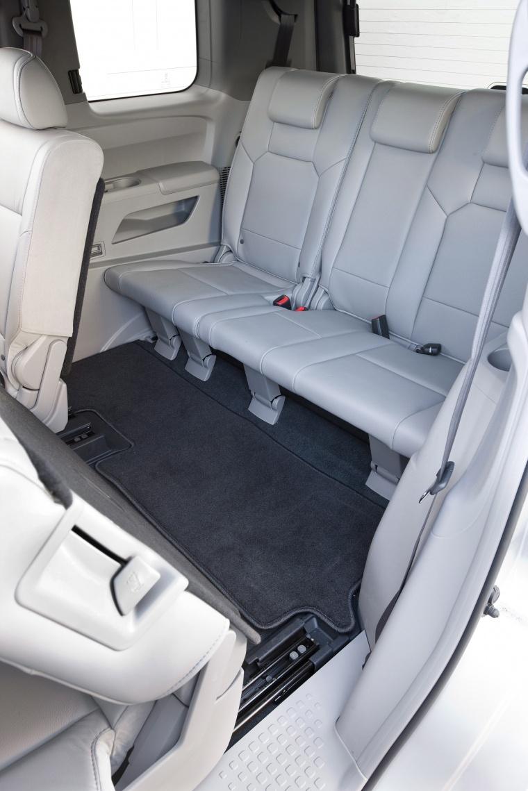 2010 honda pilot third row seats gray picture image. Black Bedroom Furniture Sets. Home Design Ideas