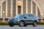 Picture of a 2016 Honda Pilot AWD in Steel Sapphire Metallic from a front left three-quarter perspective