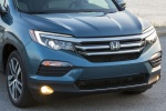 Picture of a 2016 Honda Pilot AWD's Front Fascia