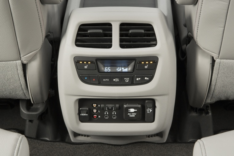 2017 Honda Pilot Center Console Picture