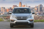 Picture of a 2017 Honda Pilot AWD in Lunar Silver Metallic from a frontal perspective