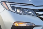 Picture of a 2017 Honda Pilot AWD's Headlight