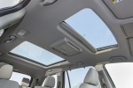 Picture of a 2017 Honda Pilot AWD's Sunroof
