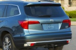 Picture of a 2017 Honda Pilot AWD's Rear Fascia