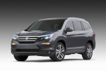 2018 Honda Pilot in Modern Steel Metallic - Static Front Left View