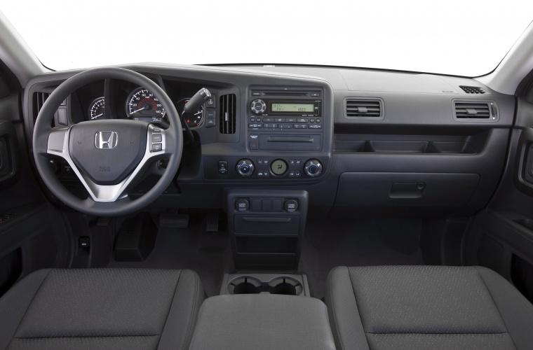 2010 Honda Ridgeline Cockpit Picture