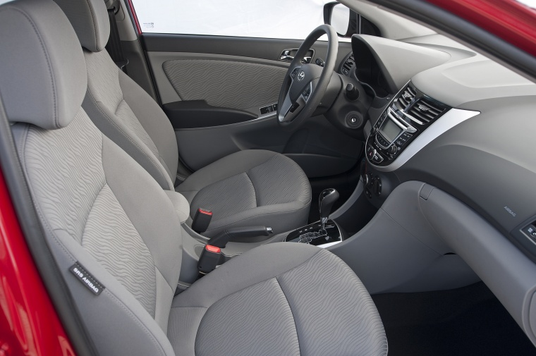 2012 Hyundai Accent GLS Sedan Front Seats Picture