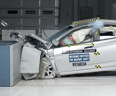 2017 Hyundai Accent Sedan IIHS Frontal Impact Crash Test Picture