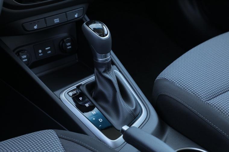 2018 Hyundai Accent Sedan Manual Gear Lever Picture