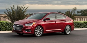 2018 Hyundai Accent Reviews / Specs / Pictures / Prices