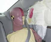 2010 Hyundai Azera IIHS Side Impact Crash Test Picture