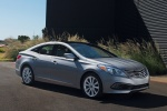 2015 Hyundai Azera Limited in Pewter Gray Metallic - Static Front Right Three-quarter View