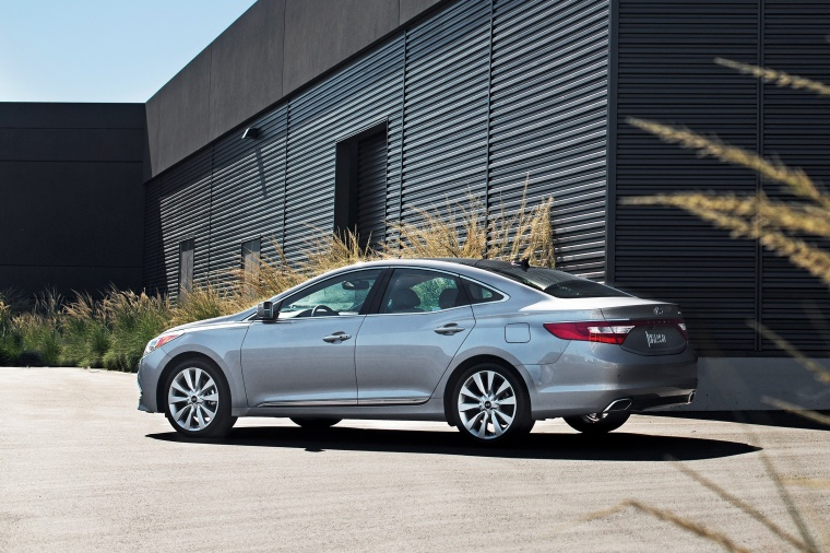 2016 Hyundai Azera Limited Picture