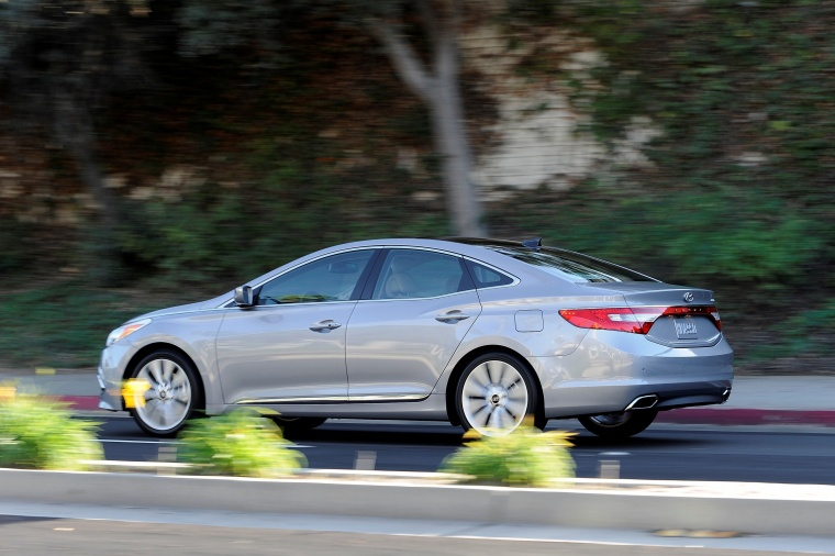 2017 Hyundai Azera Limited Picture