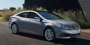 2017 Hyundai Azera Reviews / Specs / Pictures / Prices