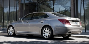 2011 Hyundai Equus Reviews / Specs / Pictures / Prices