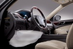 Picture of 2013 Hyundai Equus Knee Airbag