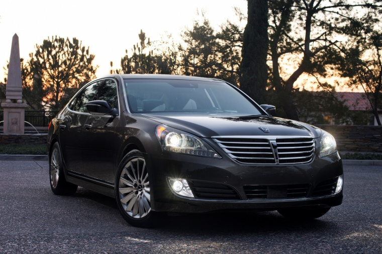2015 Hyundai Equus Sedan in Night Shadow Brown from a front right view