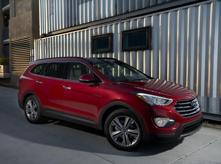 2014 Hyundai Santa Fe Picture