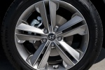 Picture of a 2016 Hyundai Santa Fe's Rim