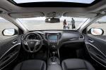 Picture of a 2016 Hyundai Santa Fe's Cockpit in Black