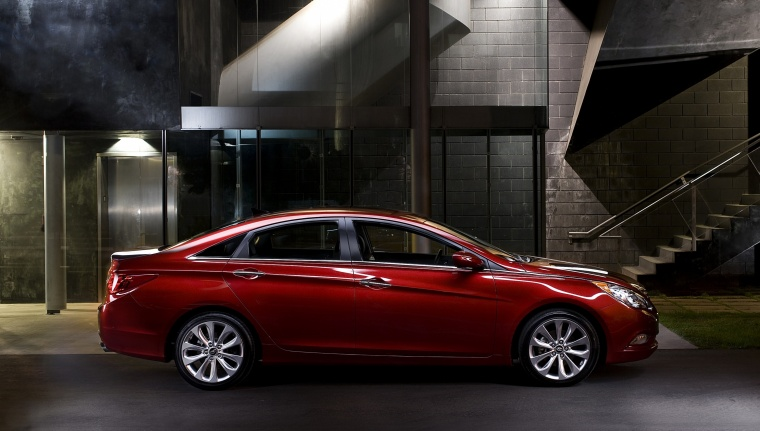 2011 Hyundai Sonata in Venetian Red from a side view