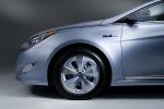 Picture of 2011 Hyundai Sonata Hybrid Rim