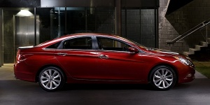 2012 Hyundai Sonata Reviews / Specs / Pictures / Prices