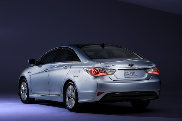2014 Hyundai Sonata Hybrid Picture