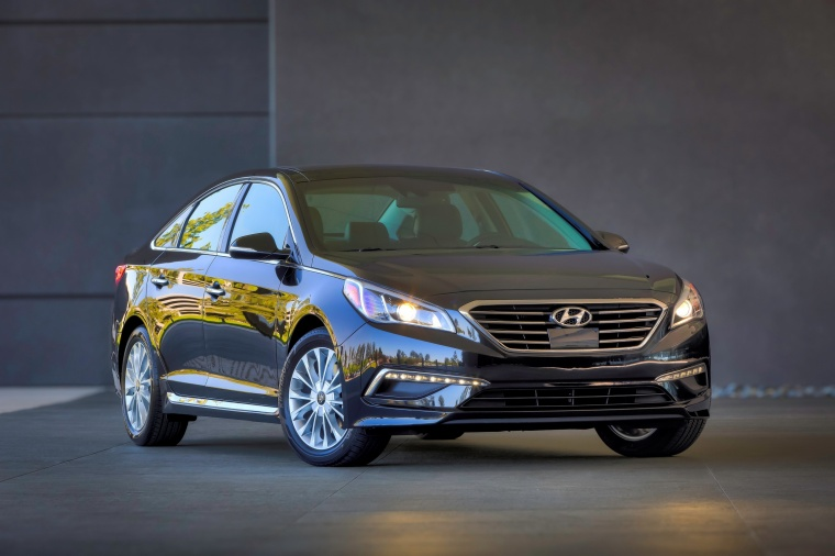 2015 Hyundai Sonata Limited in Dark Truffle from a front right view