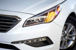 Picture of 2015 Hyundai Sonata ECO Headlight