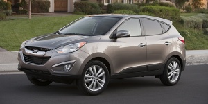 2010 Hyundai Tucson Reviews / Specs / Pictures / Prices