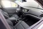 Picture of a 2016 Hyundai Tucson Limited 1.6T's Front Seats