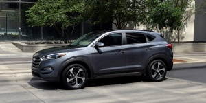 Research the 2016 Hyundai Tucson