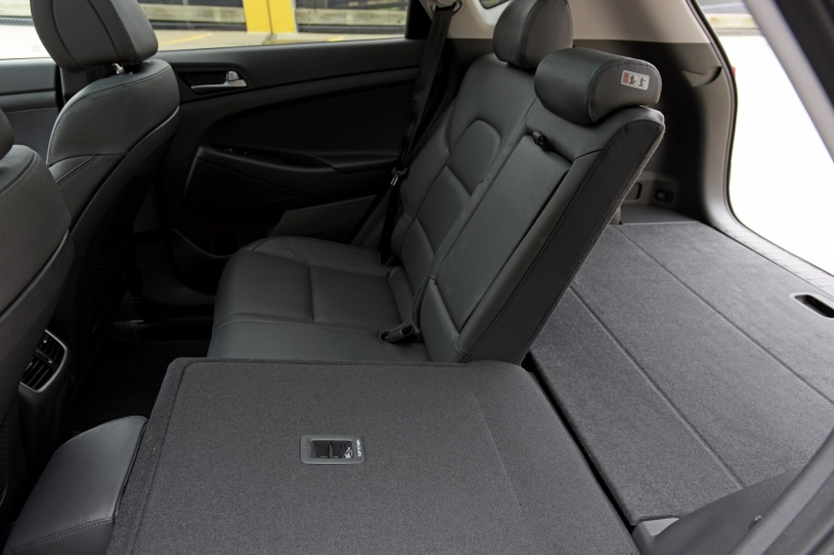 2017 Hyundai Tucson Limited 1.6T Rear Seats Folded Picture