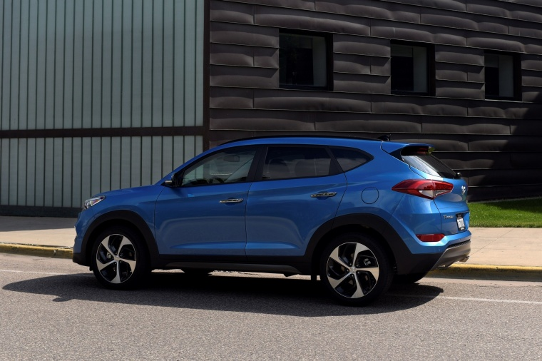 2017 Hyundai Tucson Limited 1.6T AWD Picture