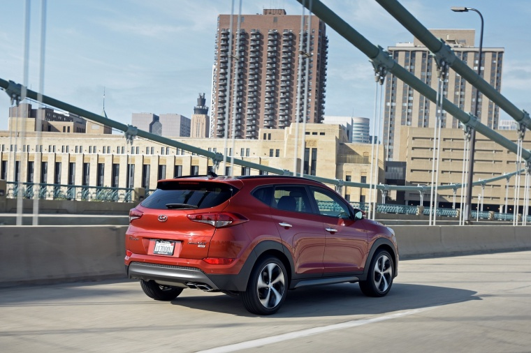 2018 Hyundai Tucson Limited 1.6T AWD Picture