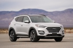 2019 Hyundai Tucson in Molten Silver - Static Front Right View