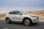 2019 Hyundai Tucson in Molten Silver - Driving Front Right Three-quarter View