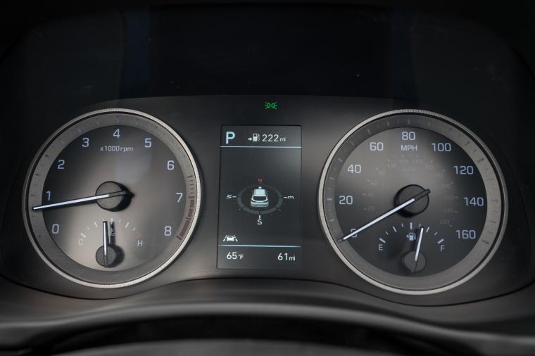 2020 Hyundai Tucson Gauges Picture