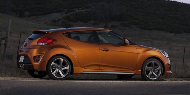 2013 Hyundai Veloster Pictures