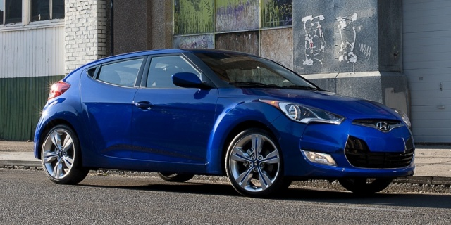 2015 Hyundai Veloster Pictures