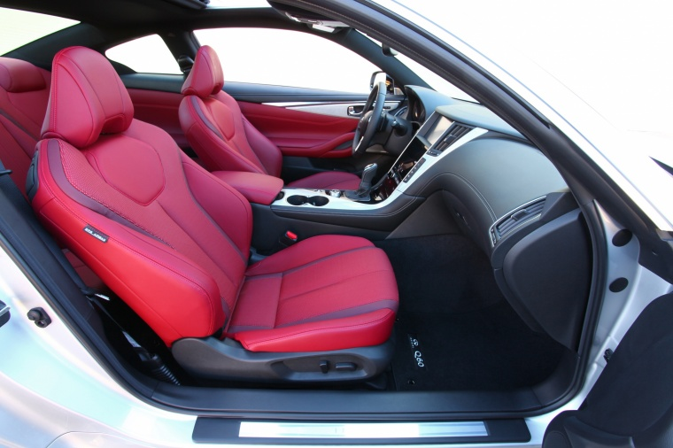 2018 Infiniti Q60 Coupe 3.0T Front Seats Picture