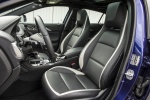 Picture of 2018 Infiniti QX30S Front Seats