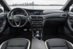 Picture of a 2019 Infiniti QX30S's Cockpit