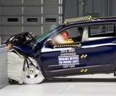 2016 Jeep Cherokee IIHS Frontal Impact Crash Test Picture