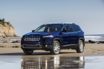 Picture of a 2016 Jeep Cherokee Limited 4WD in True Blue Pearlcoat from a front left three-quarter perspective