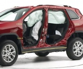 2017 Jeep Cherokee IIHS Side Impact Crash Test Picture